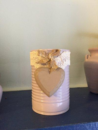 Barattolo di latta decorato lilla shabby