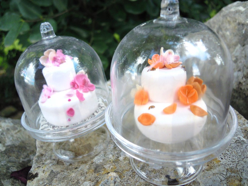 alzatina con coperchio mini 7, cm con mini cake nunziale