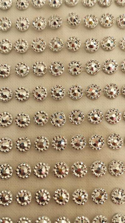 Strass rotondi argento con adesivo, per decorazioni scintillanti
