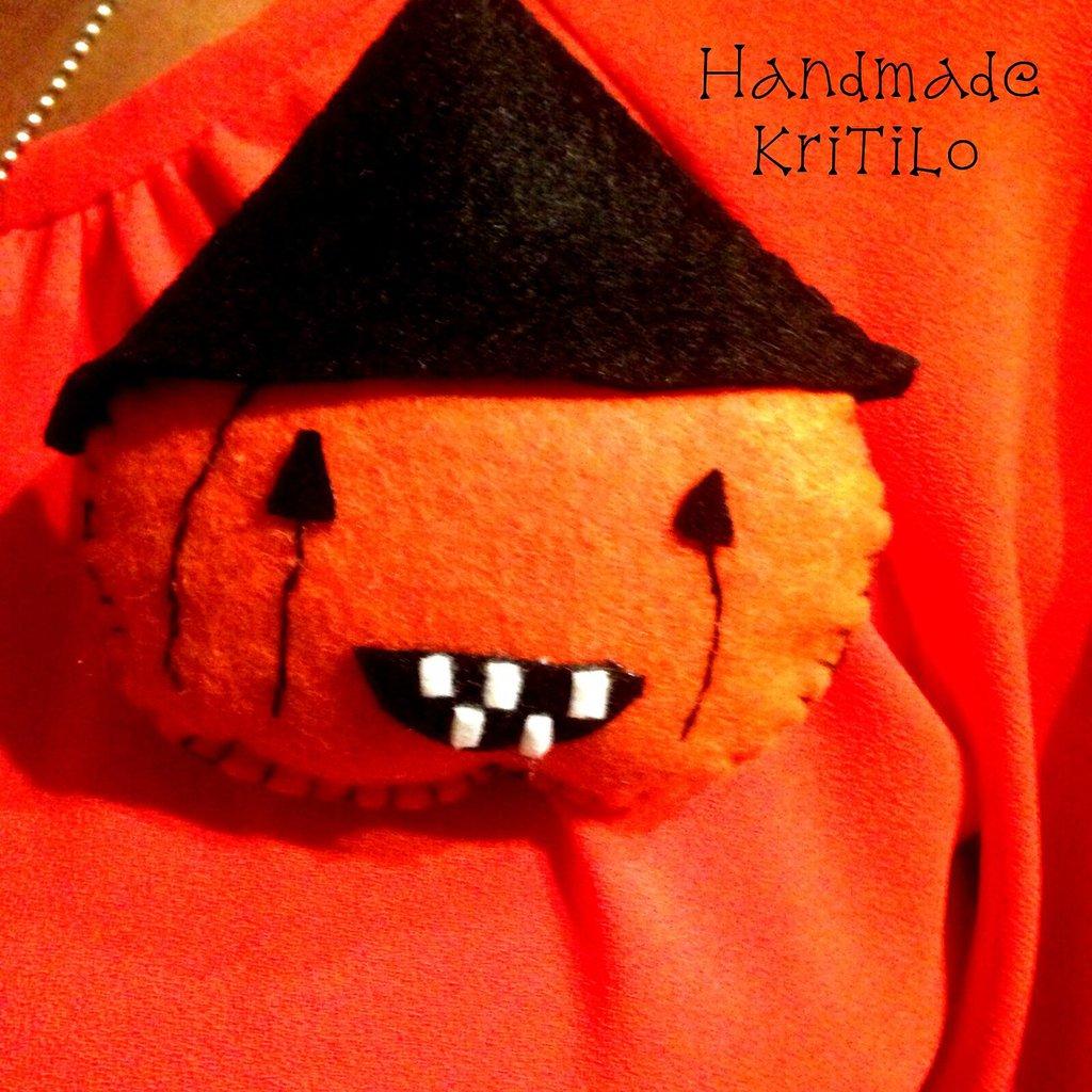 spilla zucca Halloween Handmade KriTiLo