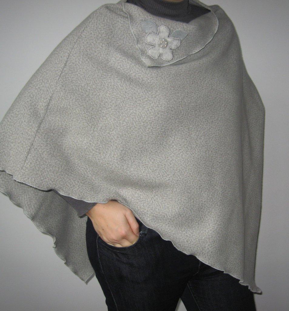 *SALDI* Poncho in lana grigio melange
