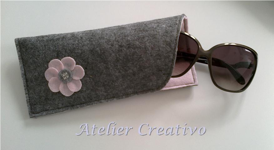 Custodia occhiali in feltro - fiore