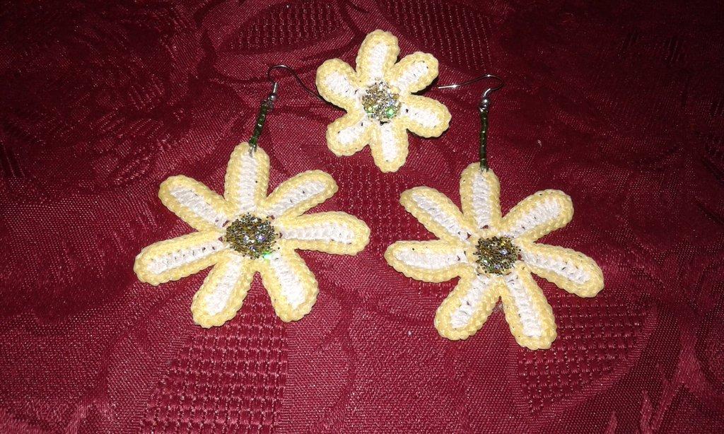 Orecchini fiore margherita  più anello