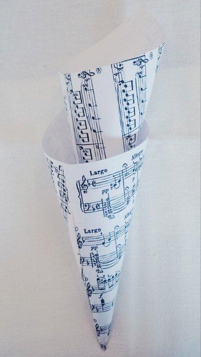 Coni porta riso in cartoncino, stampa musicale