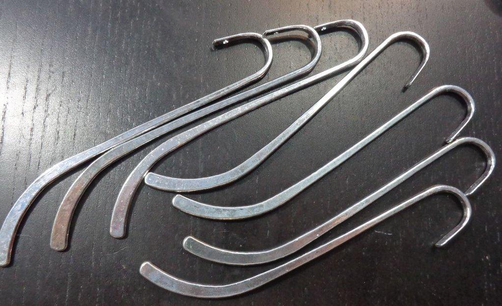 3 Basi Segnalibro Argento Tibetano 12.3 cm.