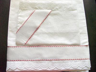 Lenzuolino federa coordinato carrozzina 2 pezzi da ricamare punto croce tela aida pizzo sangallo rosa bimba femminuccia