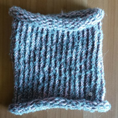 Scaldacollo in lana fatto a mano