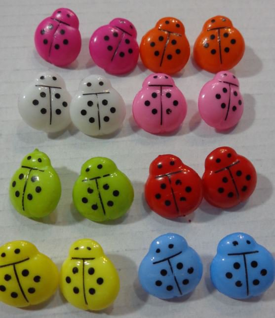 16 Bottoni in acrilico COCCINELLA 8 colori