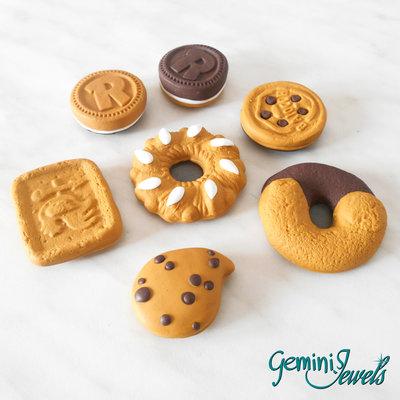 Calamita in fimo biscotto, a misura reale