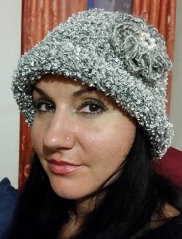 cappello donna fatto a mano