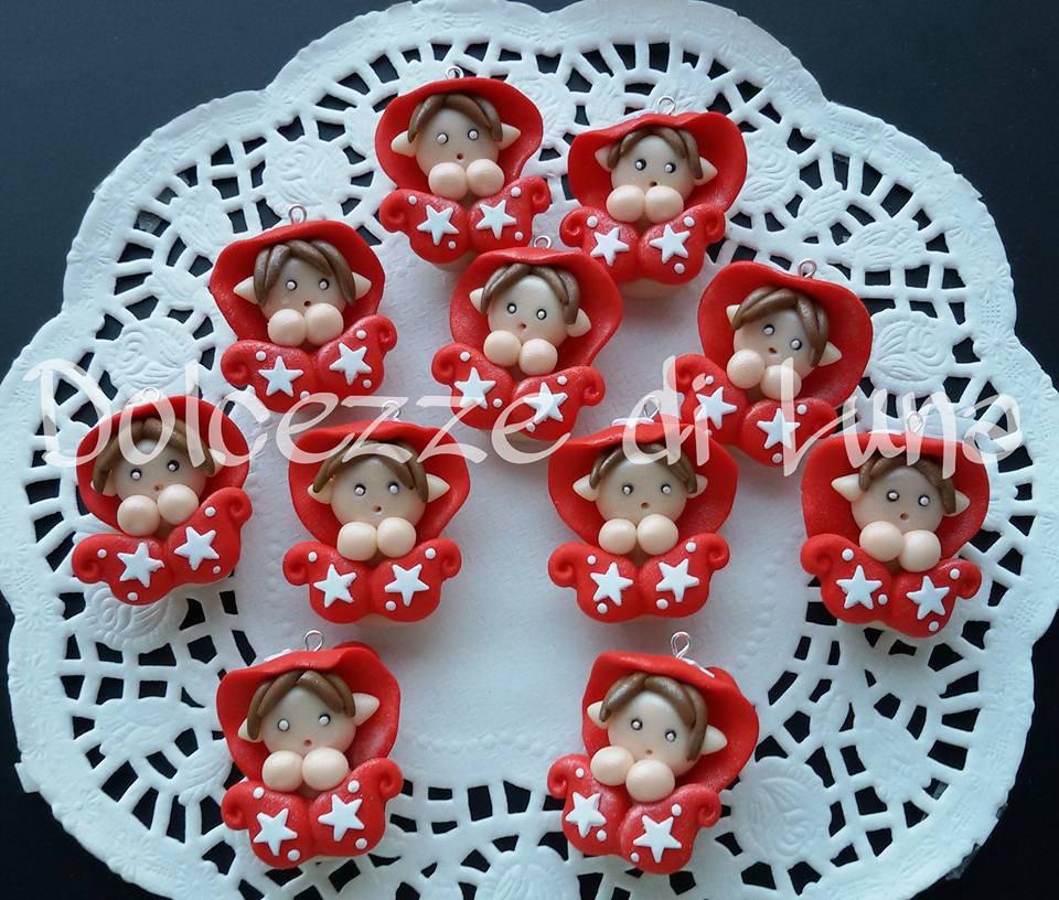 Folletto pan di stelle rosso! fatto a mano, misura circa 3,5 cm per collana,portachiavi o sacchettino portaconfetti