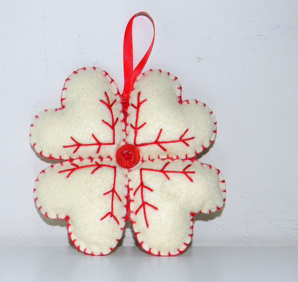 Quadrifoglio di cuori natalizio