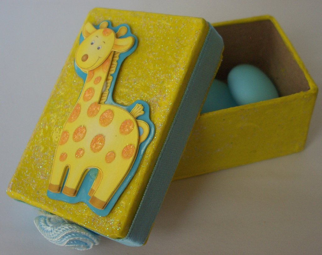 scatole porta confetti giraffa