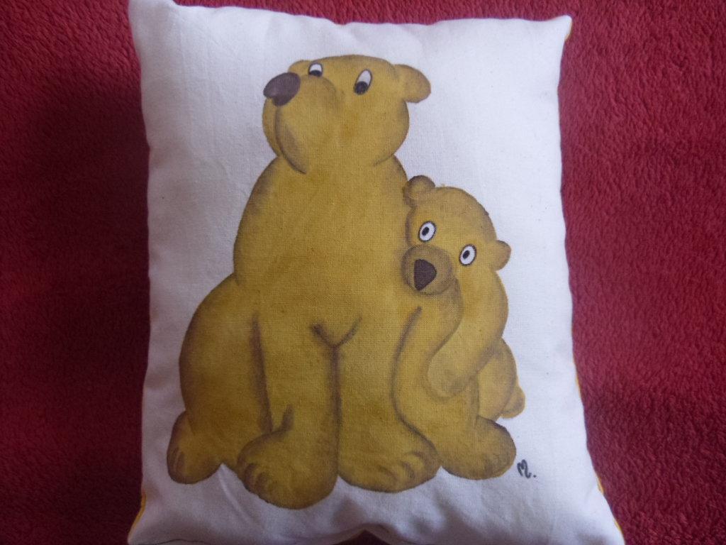 """cuscino dipinto """"orso"""""""