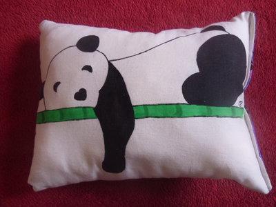 "cuscino dipinto ""panda"""