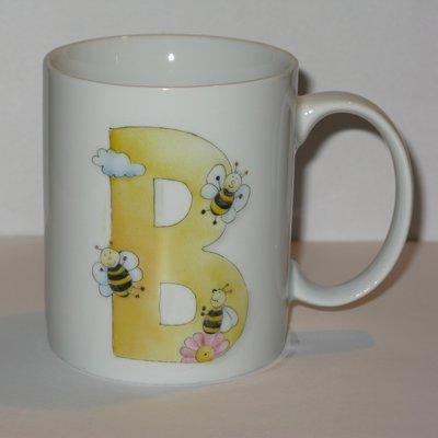Tazza con lettera B