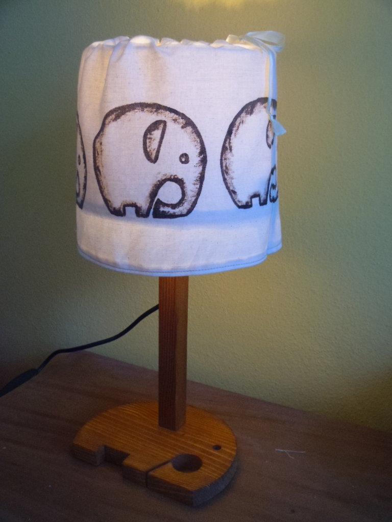 "lampada dipinta ""elefante"""