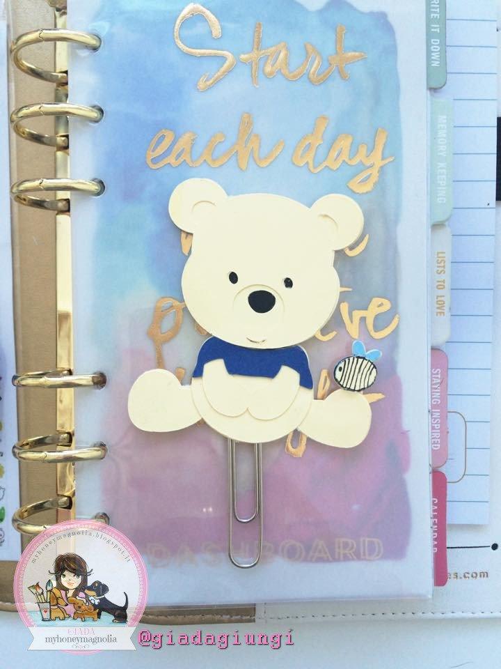 Paperpins-  Winnie the pooh