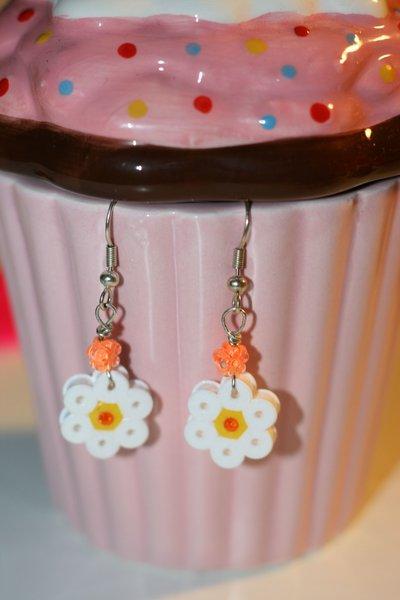 orecchini fiorellino hama beads