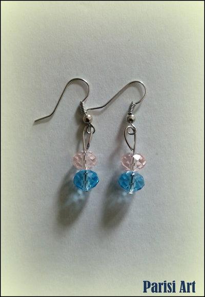 Orecchini pendenti con perle rosa&azzurre