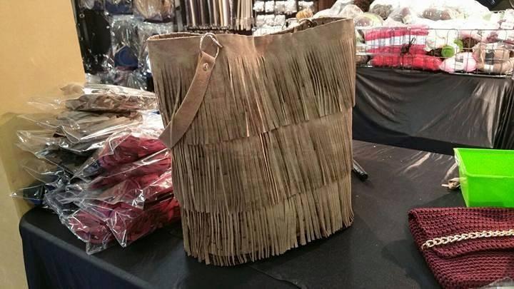 Set borsa con Frange € 36.00 (DISPONIBILE SOLO NERO)
