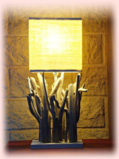 ALESSIA lampada da tavolo con legni di mare