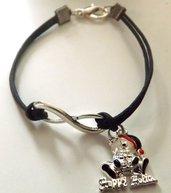 Bracciale con cordino nero,simbolo infinito e ciondolo orsetto con cappellino idea regalo Natale