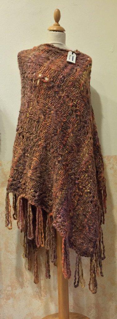 Poncho in lana colore foglie d'autunno