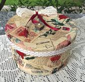 scatola di cartone ricoperta in tessuto americano