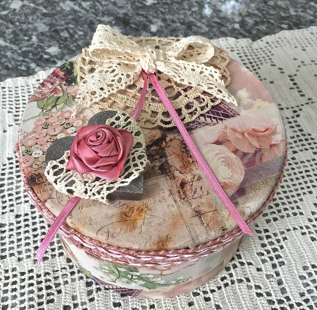 scatola di cartone ricoperta in tessuto americano con rosa