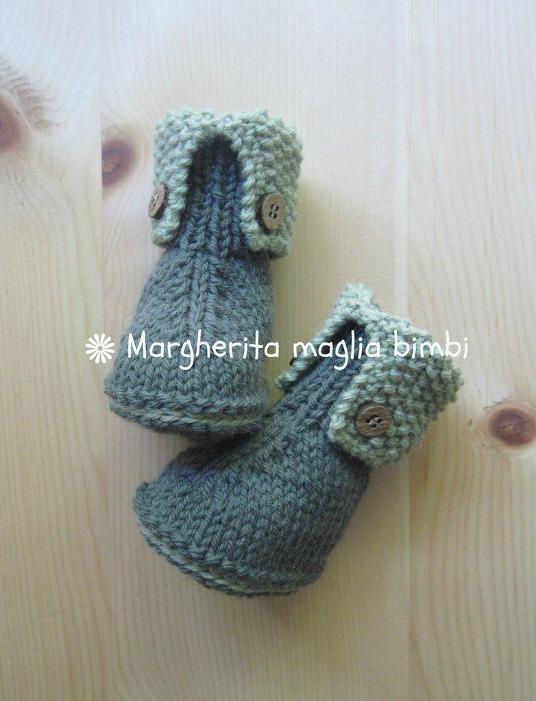 Stivaletti neonato in lana e alpaca verde bottiglia e pistacchio con bottoncini in legno