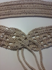 cintura uncinetto beige fatta a mano