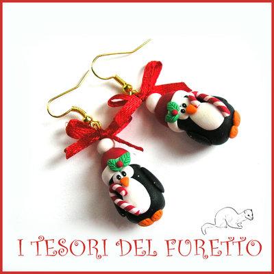 """Orecchini Natalizi """" Pinguini coppia con bastoncino zucchero  """" Natale 2015 fimo cernit premo idea regalo economica bijoux natalizi kawaii"""