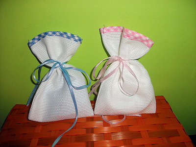 Stock 50 sacchetti bomboniere segnaposto portaconfetti da ricamare punto croce tela aida bordo quadrettato
