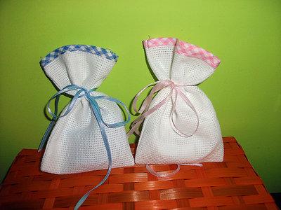 SPEDIZIONE GRATUITA Stock 100 sacchetti bomboniere da ricamare punto croce tela aida