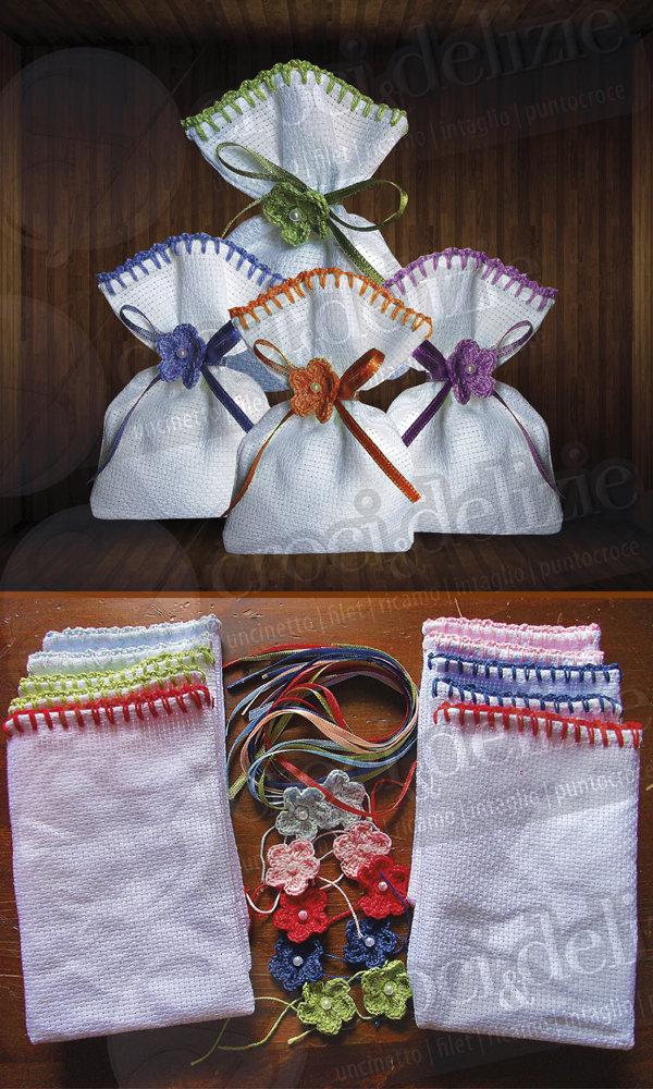 SPESE DI SPEDIZIONE GRATUITE Stock 100 sacchetti rifinitura uncinetto bomboniere segnaposto portaconfetti da ricamare tela aida