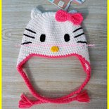 Cappello a uncinetto a forma di  Hello Kitty  per bambina