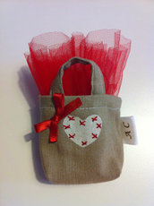 Sacchetto confetti a forma di borsetta per laurea - beige
