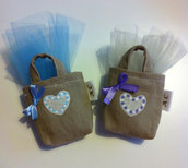 Sacchetto per confetti a forma di borsetta