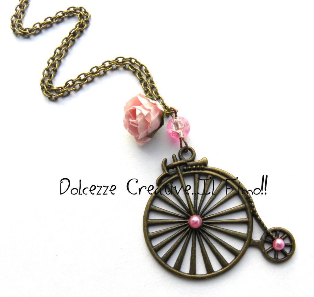 Collana Bicicletta velocipede vintage - Con rosa e perle