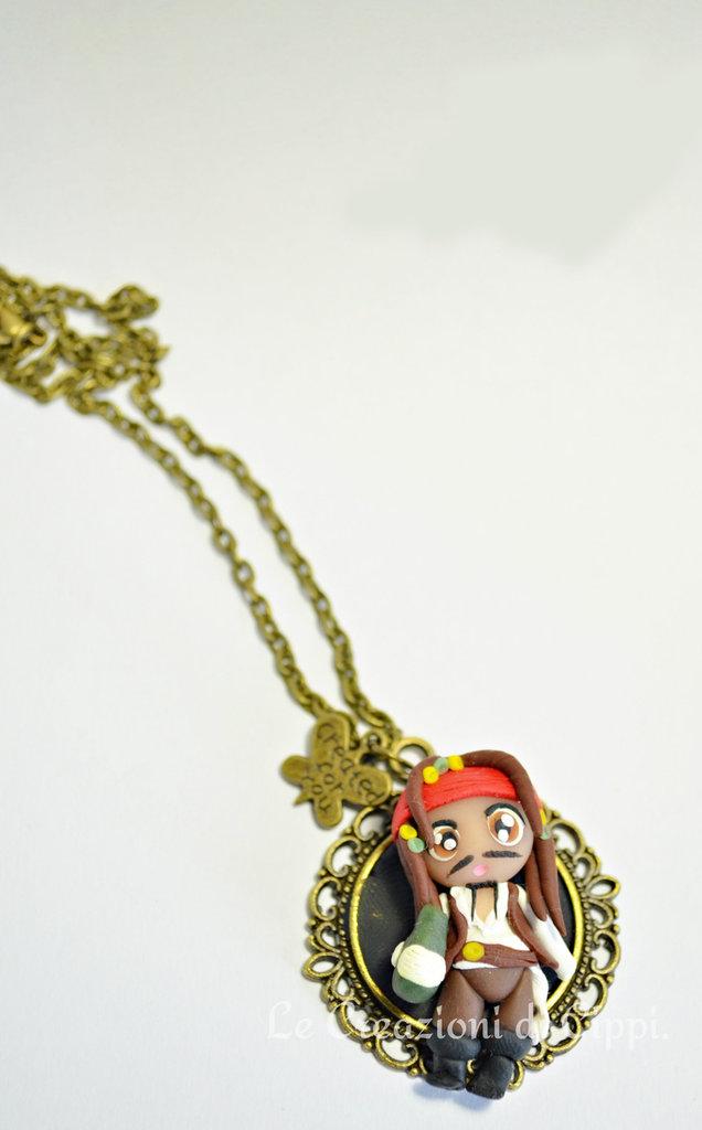 Collana con cammeo in fimo  CapitanJack Sparrow.