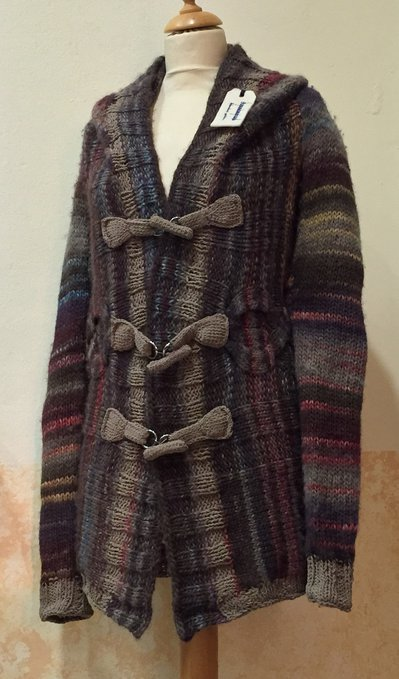 Montgomery in lana con trecce fatto a mano