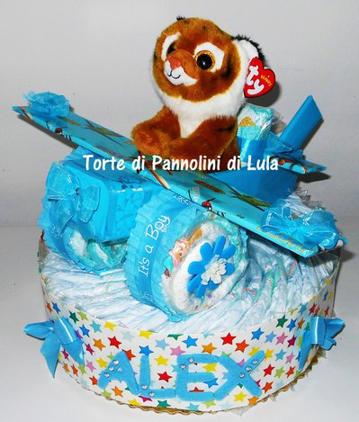 Torta di Pannolini Pampers Aereo- idea regalo, originale ed utile, per nascite, battesimi e compleanni