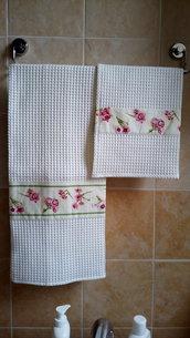 """Set asciugamani """"fiori"""" rosa"""