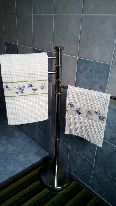 "Set asciugamani ""fiori"" azzurro"