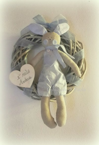 Fiocco nascita con ghirlanda e coniglietto