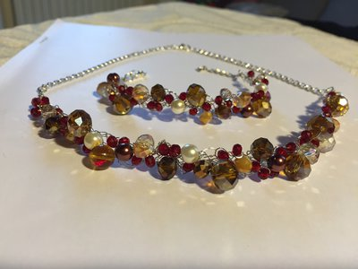 Collana e bracciale set fatto a mano fili argento cristalli di luce e perle
