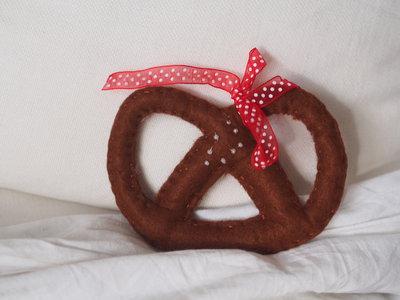 Bretzel al sale.feltro.decorazione natalizia ma anche per cucina ...