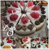 Candela - Fetta di torta profumata al cioccolato e fragola