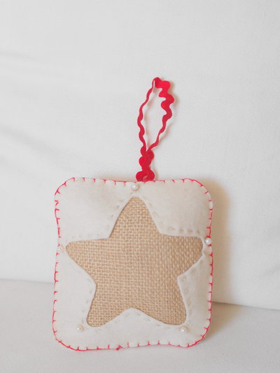 Decorazione natalizia con stella per albero porta for Decorazione natalizia per porta